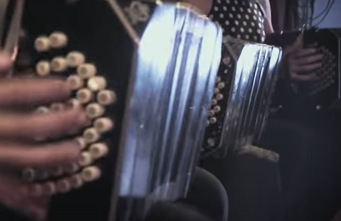 Tango 3 bandoneones