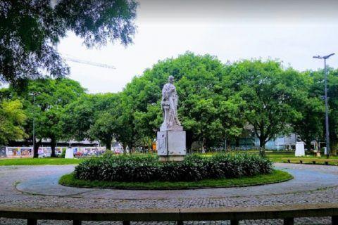 Plaza Peru